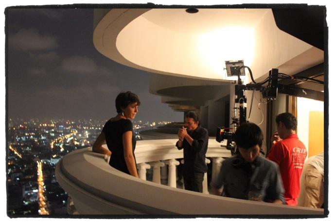 """Sur le balcon de la suite dans laquelle fut tourné des séquences du film """"Hangover"""""""
